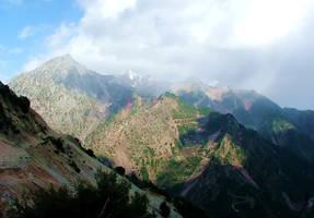Peaks - Karpenissi - Greece by gzacharioudakis