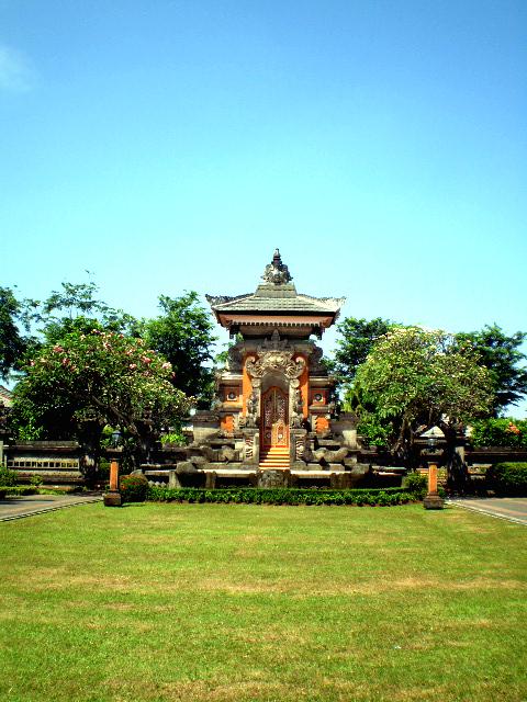 pintu Bali by r-e-born