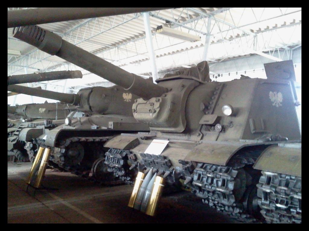 ISU-152 by WormWoodTheStar