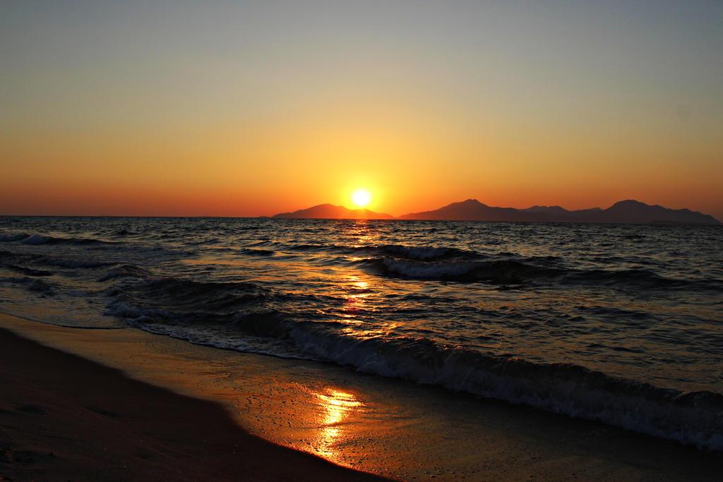 Sunset#7 by Mizunek