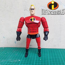 Mr .incredible Papercraft by sibred