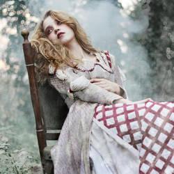 Beauty Lie by losesprit