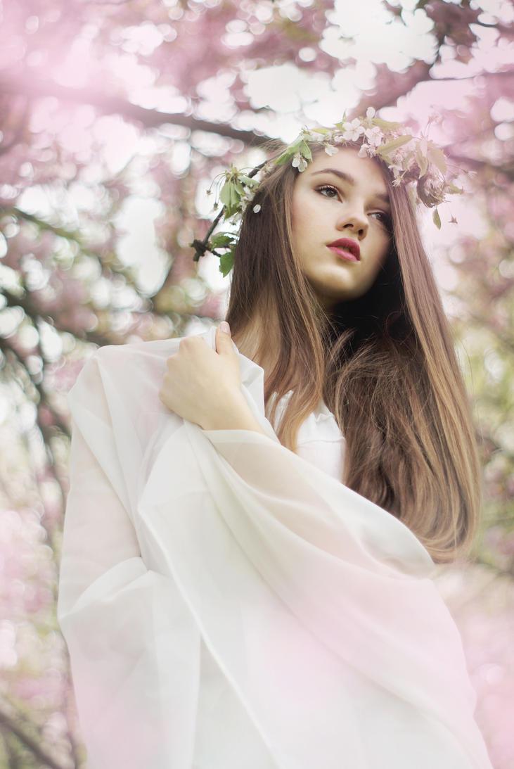 Flowering Dream by losesprit