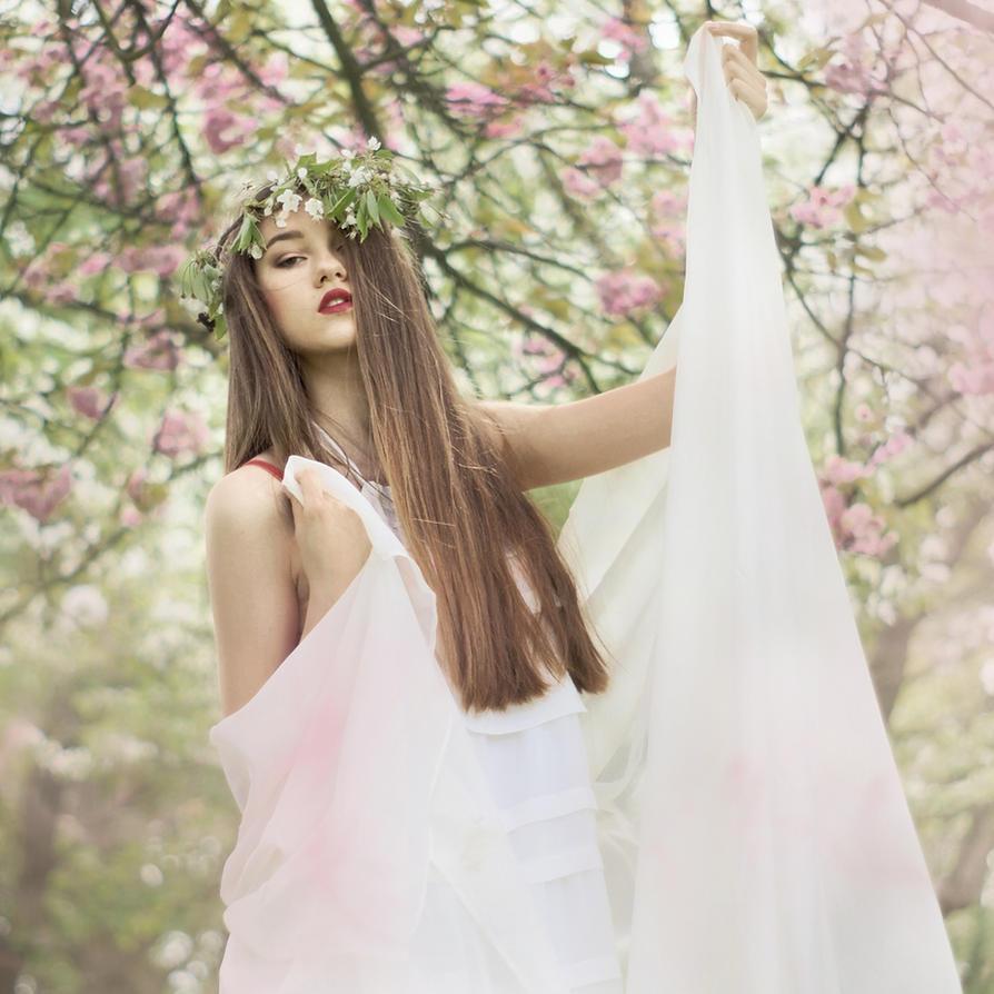 Flowering Dream II by losesprit