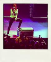 Hayley Williams Rocking by angiechu