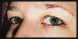 Eye colour