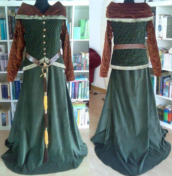 Eowyn Riding Outfit 2