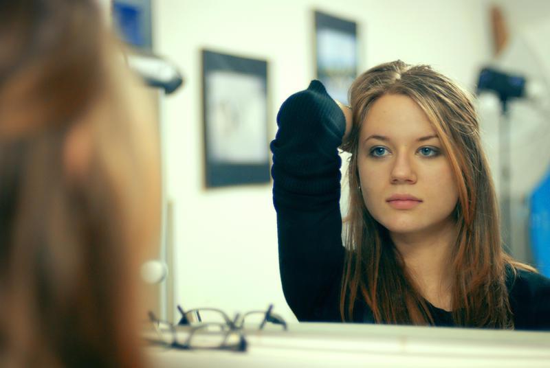 U ogledalu The_Closest_Thing_To_Crazy_by_JordanRobin