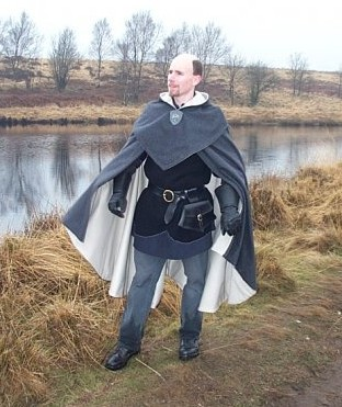 Wet Weather Cloak by Thaly