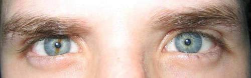 Evil eyes... My eyes... by fragless
