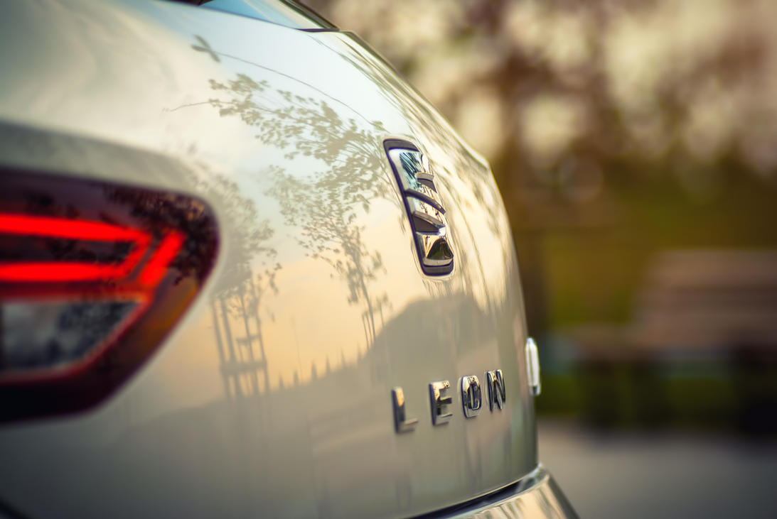 SEAT Leon by Xordinate