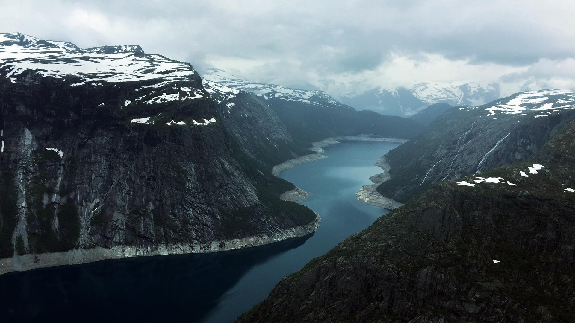 Ringedalsvatnet, Norway by RockLou
