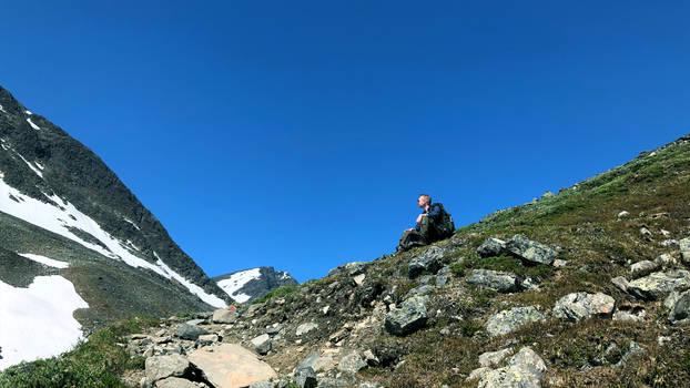 Hiking up Kebnekaise