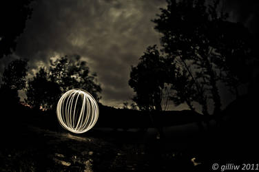 Lightpainted Ball by GilliW