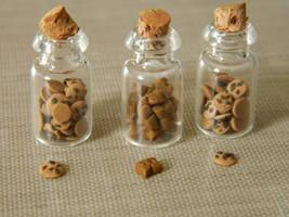 Itty Bitty Cookie Jars by Cheriko