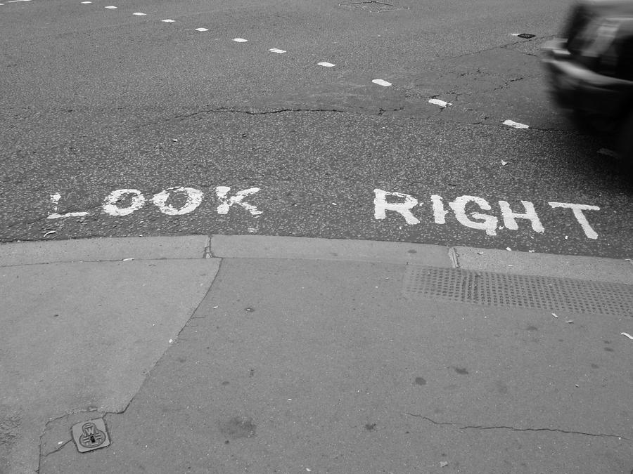 Look Right by Elliesmeria