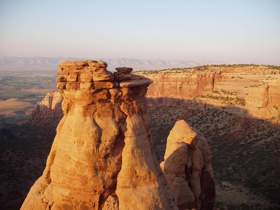 Sunset Rock by Elliesmeria