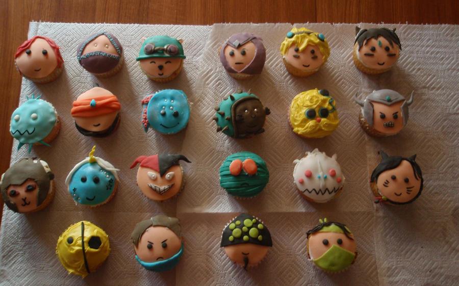 LoL cupcakes by Elliesmeria