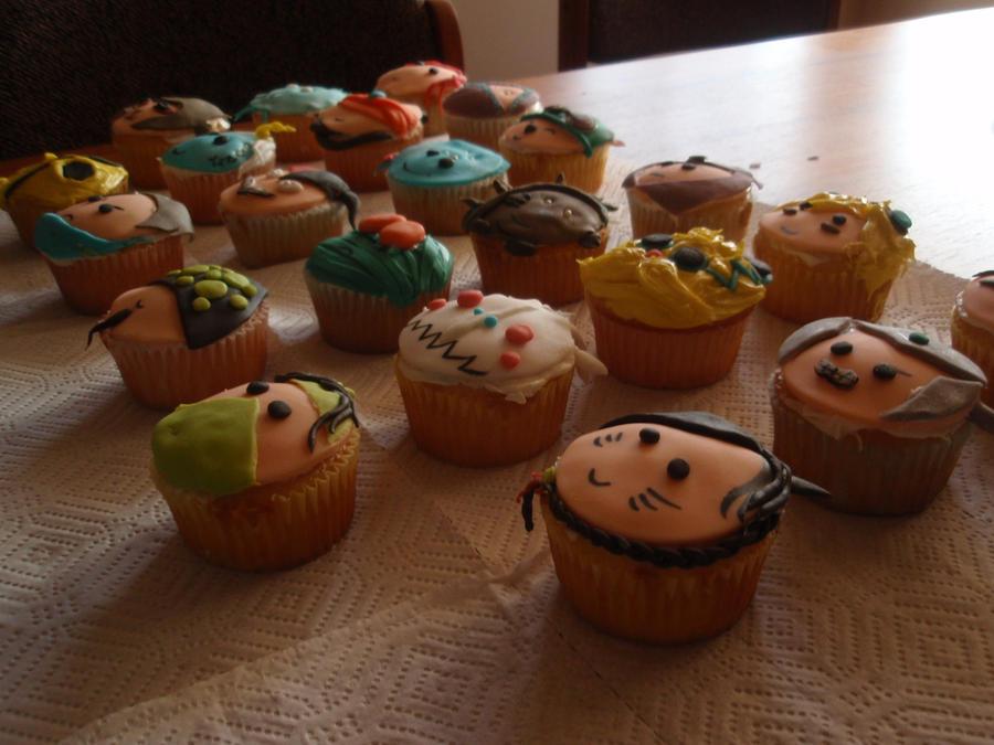 LoL cupcakes-Side View by Elliesmeria