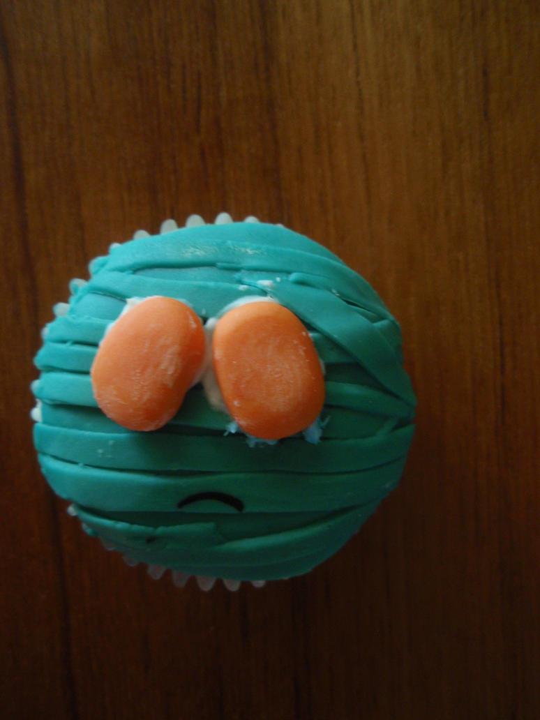 Amumu Cupcake by Elliesmeria