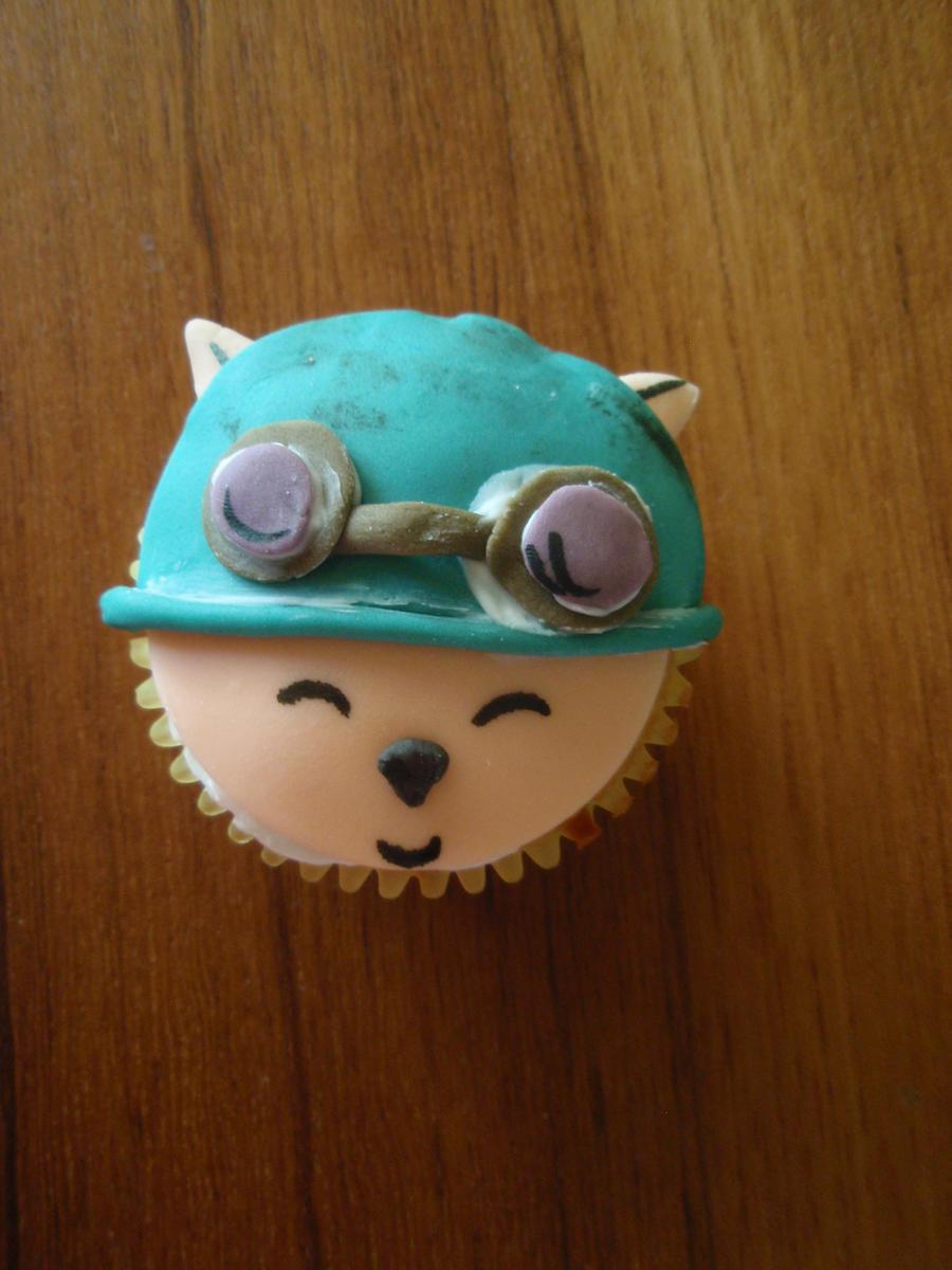 Teemo Cupcake by Elliesmeria