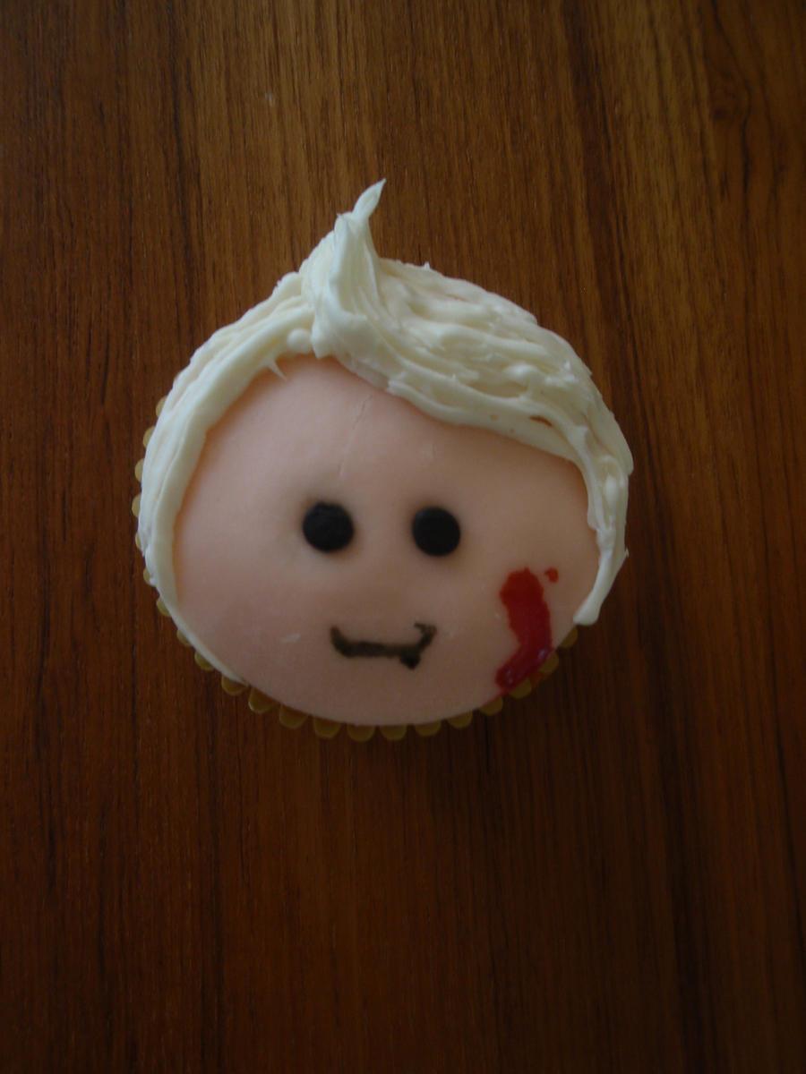 Vladimir Cupcake by Elliesmeria