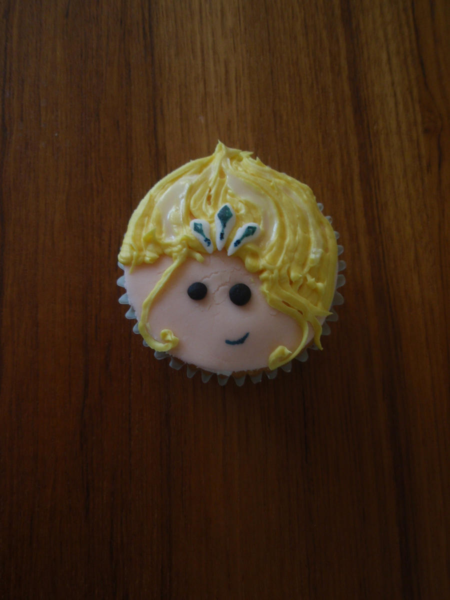 Janna Cupcake by Elliesmeria