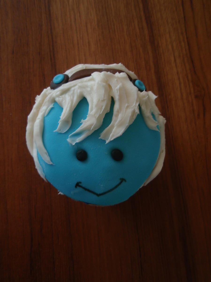 Tristana Cupcake by Elliesmeria
