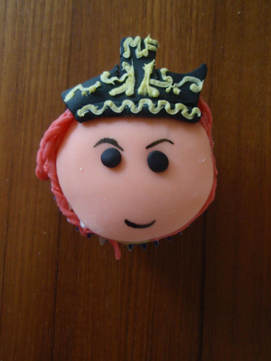 Miss Fortune Cupcake by Elliesmeria