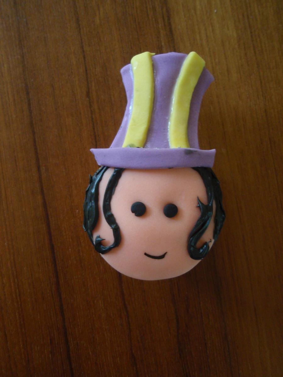Caitlyn Cupcake by Elliesmeria