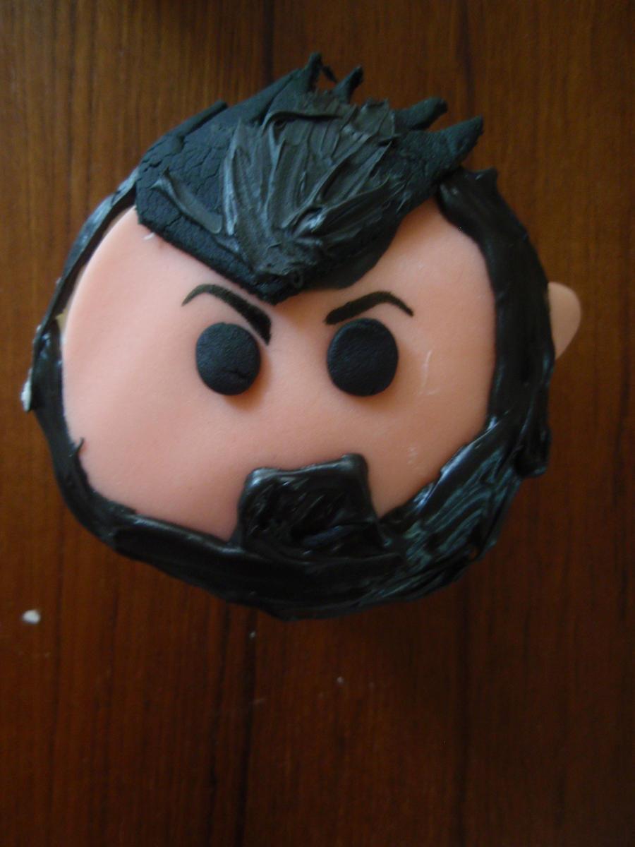 Graves Cupcake by Elliesmeria