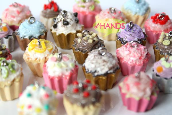 OOAK Custom PolyClay Cupcakes by hanmei - Tatl� �steyen :)