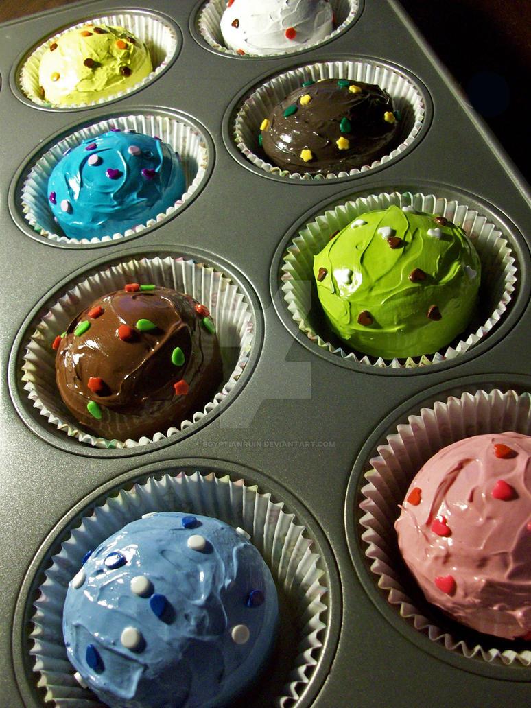 Cupcakes Cupcakes Cupcakes by egyptianruin