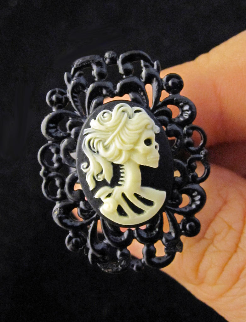 Skeleton Cameo Ring by egyptianruin