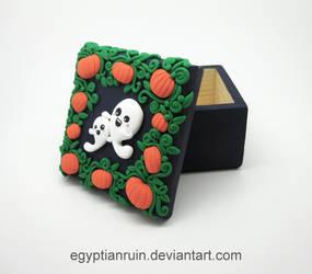 Halloween Ghost Family Decorative Box