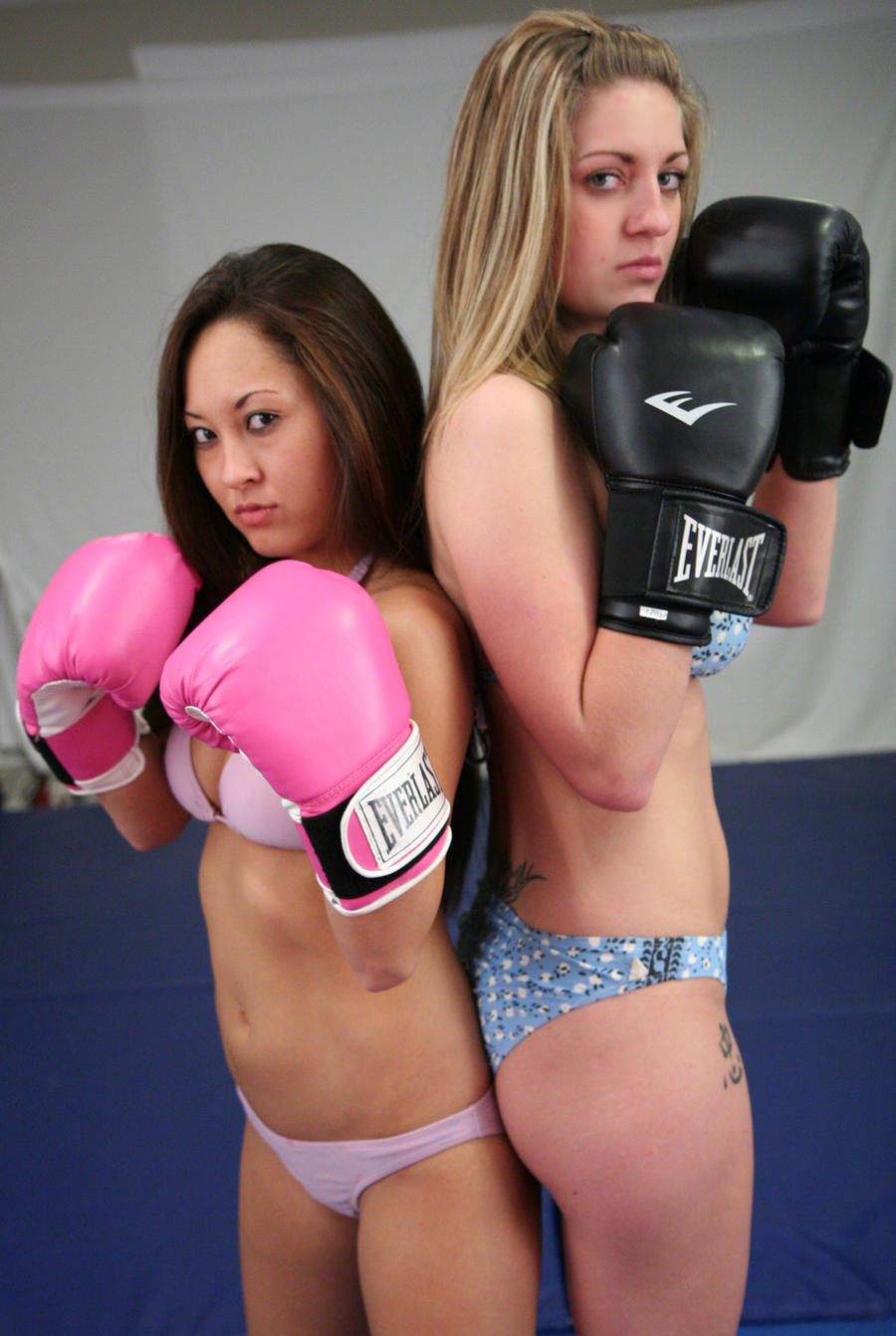 Keri vs Sumiko: Boxing by sleeperkid