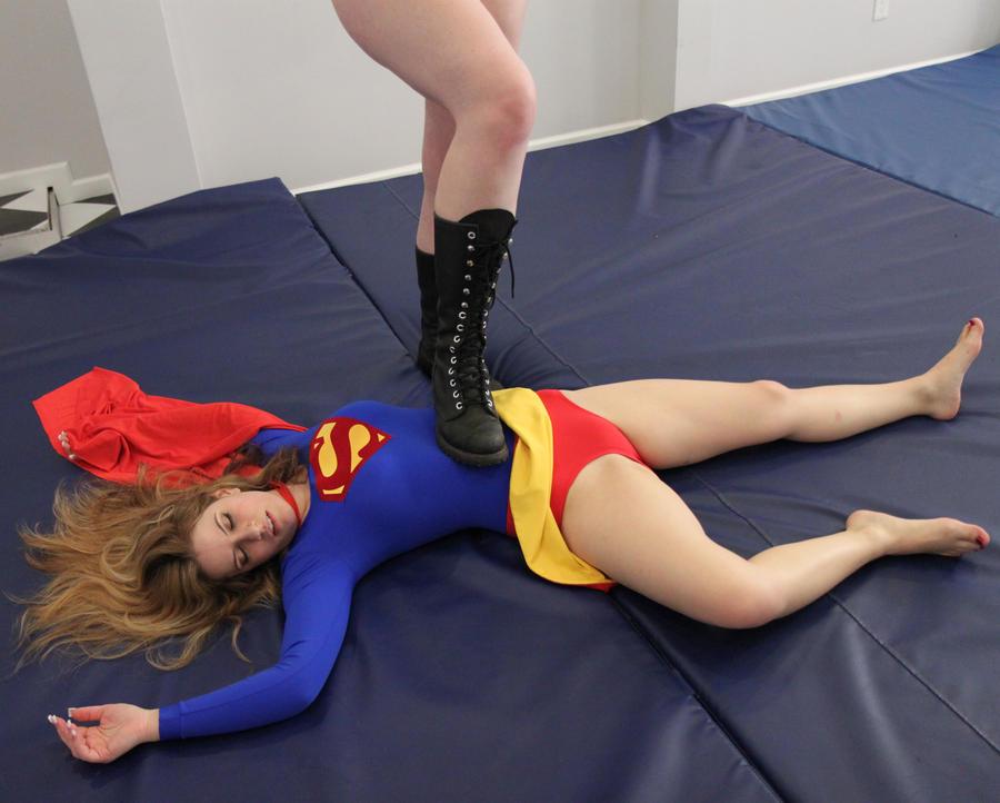 Super-Jacquelyn vs Takaiji # 6 by sleeperkid