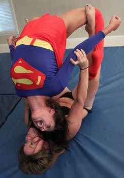 CAMERON DESTROYS SUPER-KELLY:  pic 4 by sleeperkid