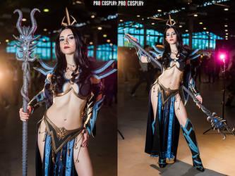 WarhammerFB - Druchii sorceress