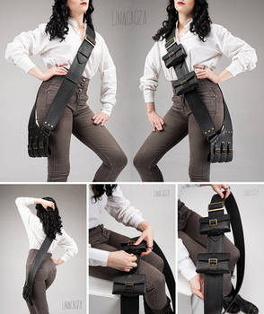 Leather pirate baldric with removable purses