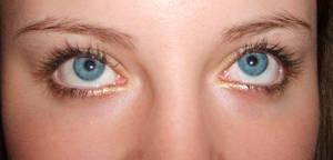 Baby got blue eyes-stock