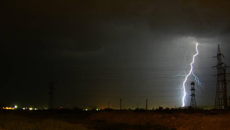 Thunderstorm by eaglex