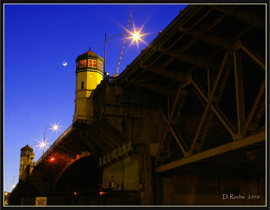 Burnside Bridge by DikDanger