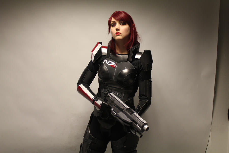 Commander Shepard by KarinOlava