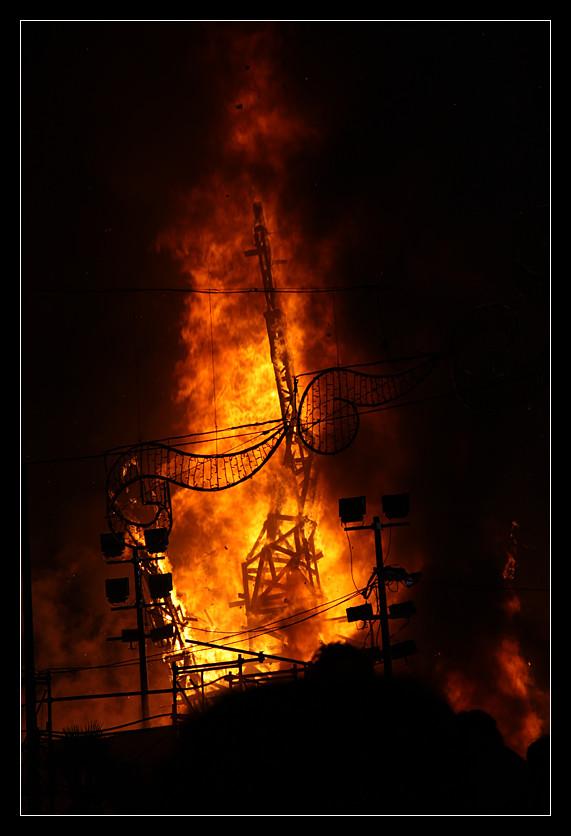 Fuego by ClawzSkunk