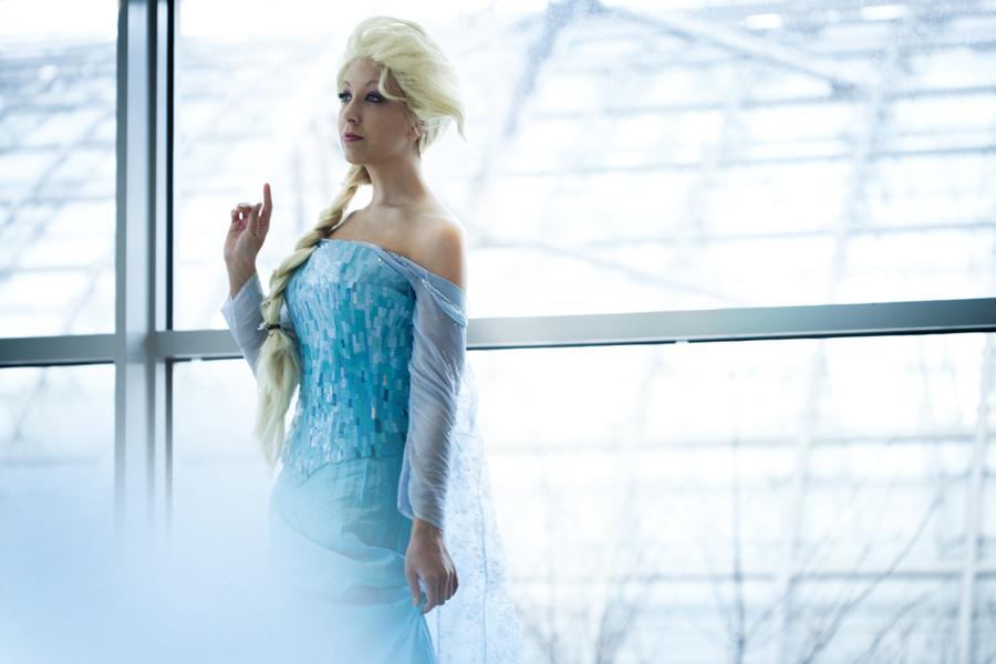 Frozen - Elsa I by MissNoblesse