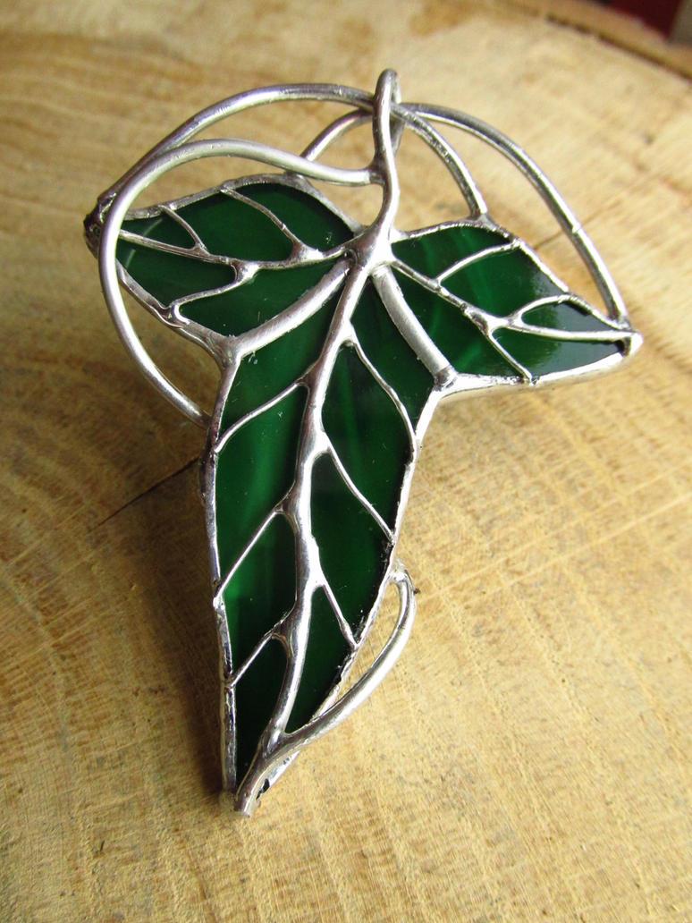 Lothlorien Leaf Badge by Morinoska