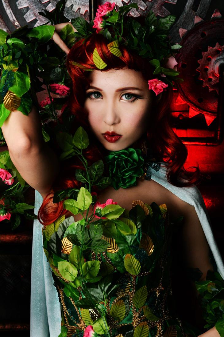 Poison Ivy by mizukimochizuki