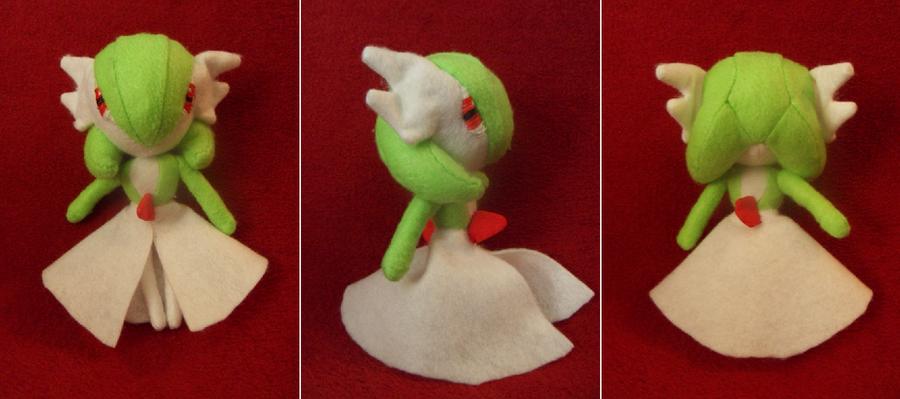 Gardevoir Pokemon Plush by Jormel