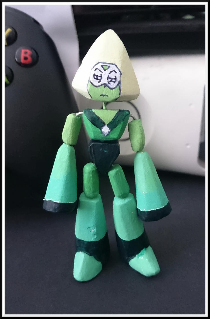 Steven Universe - Peridot Figurine by UnknownEmerald